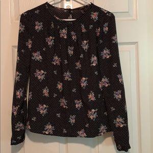 Like new polyester long sleeved polka dot/floral